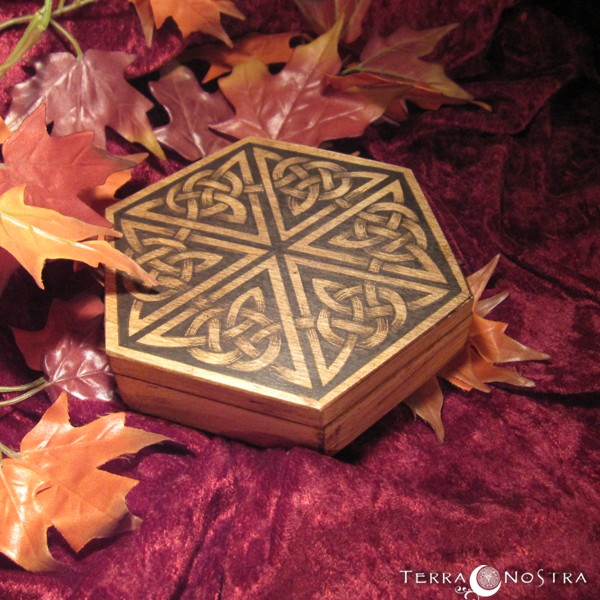 "Coffret Hexagonal ""The Celtic dance"""