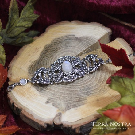 """Night Fantasy"" bracelet"